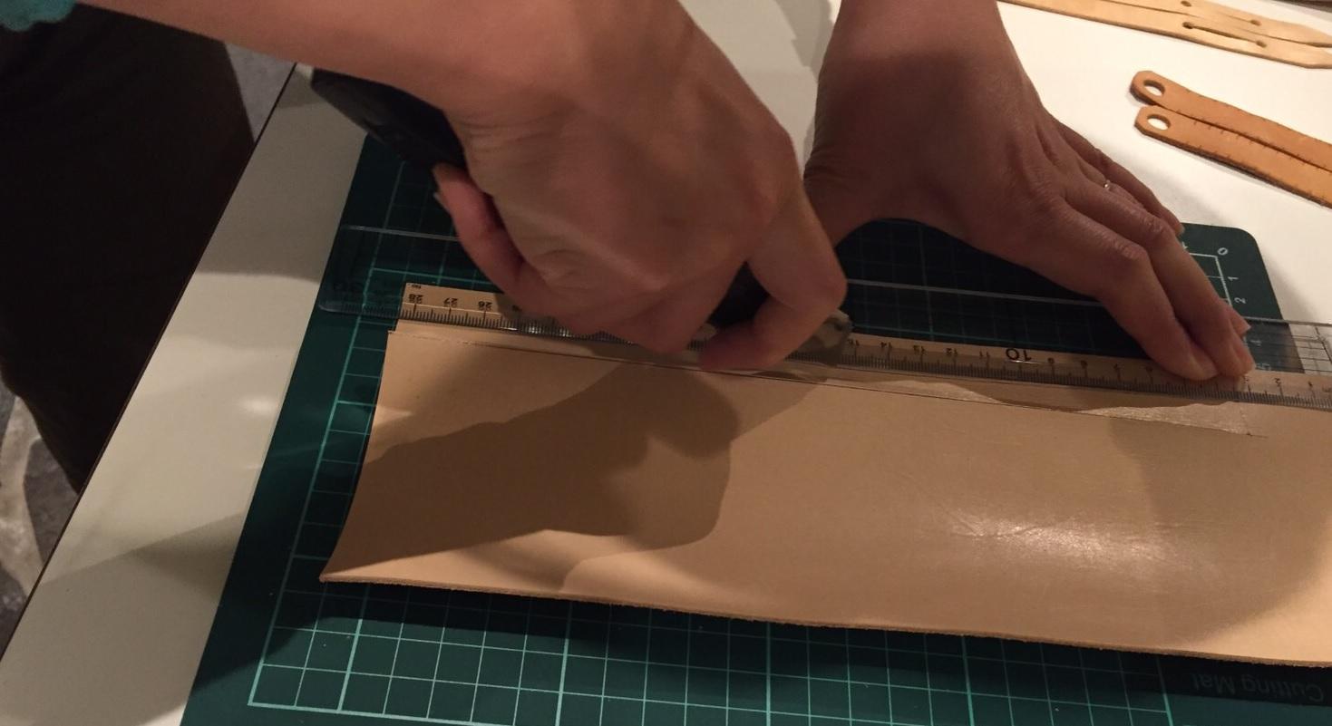フクロウの手作りジェス